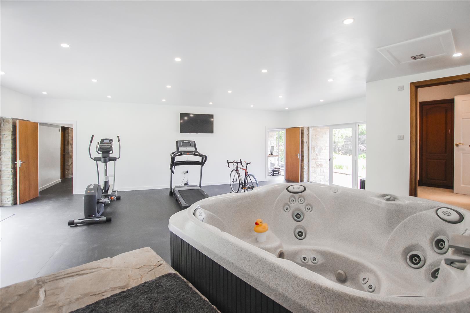 6 Bedroom Detached House For Sale - Gym